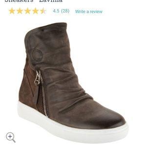 Leather khaki lavina shoes size 9 Miz mooz